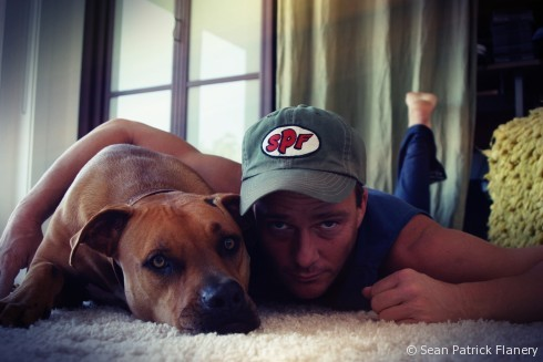 Sean Patrick Flanery and Donut